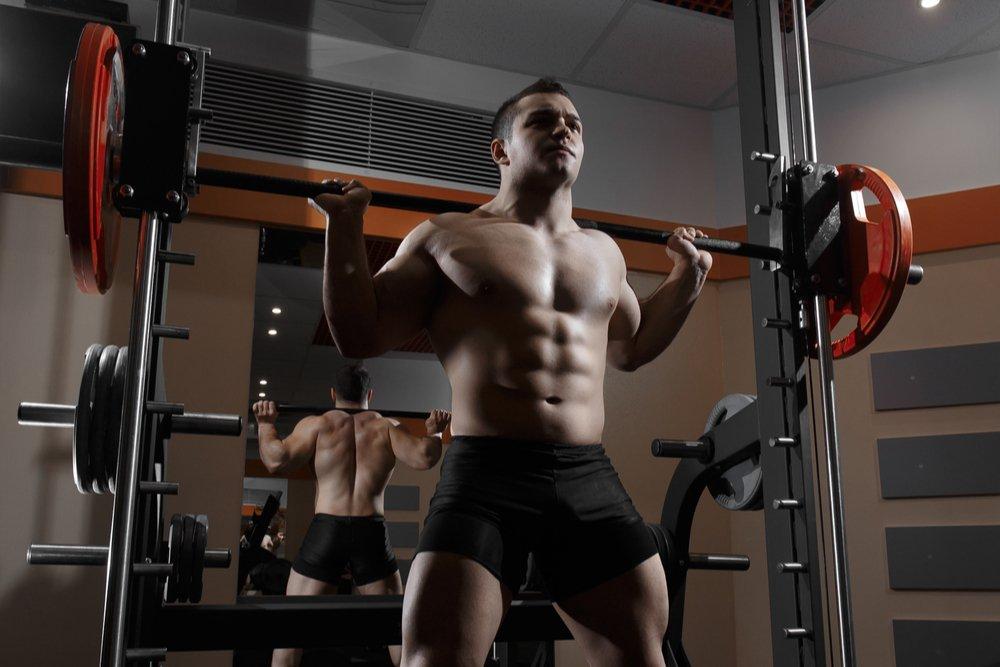 Плюсы фитнес-тренировок в тренажере Смита