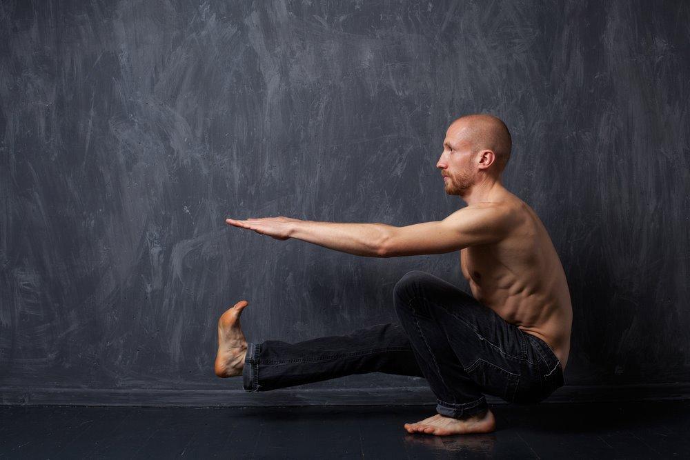 Упражнения в балете, способствующие похудению ног и бедер