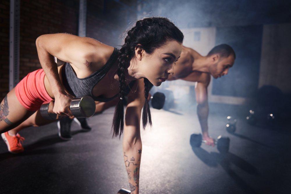 Занятия фитнесом для фигуры «перевернутый треугольник»