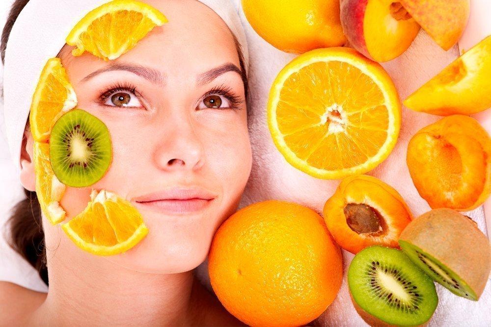 Рецепт 3: Витаминная маска с антивозрастным эффектом