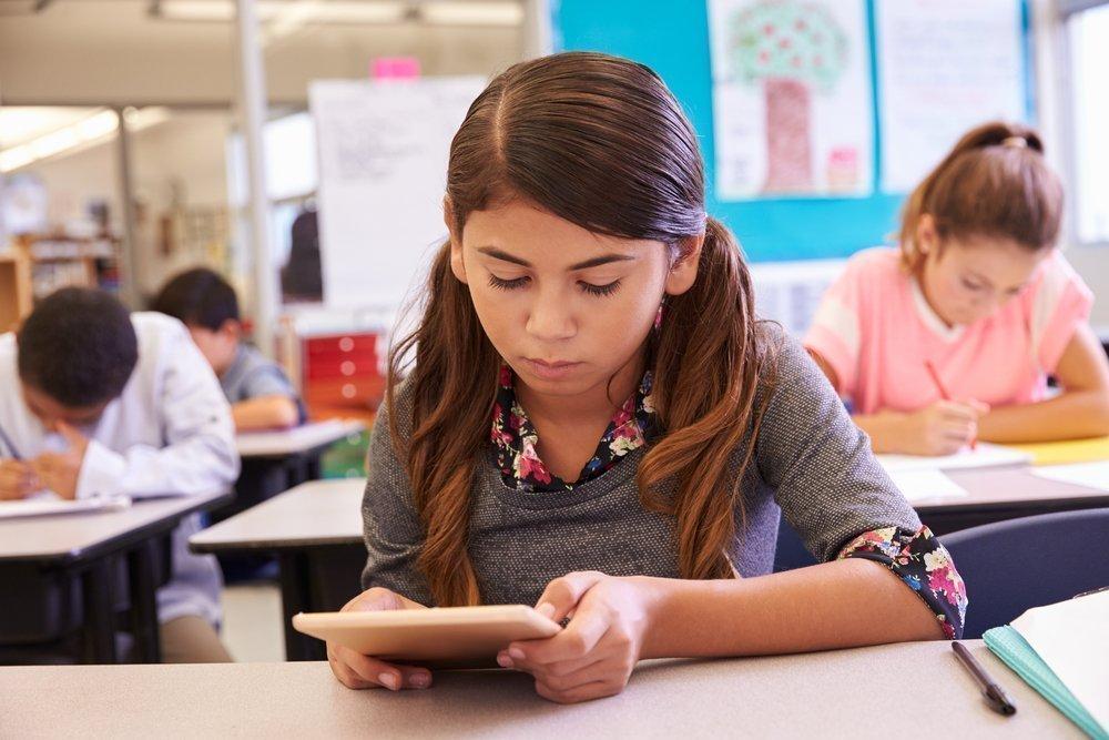 Симптомы навязчивой потребности в компьютере (планшете, мобильном)