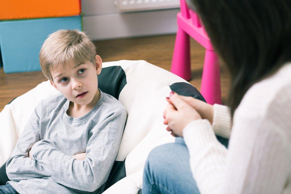 Почему возникают неврозы у детей?