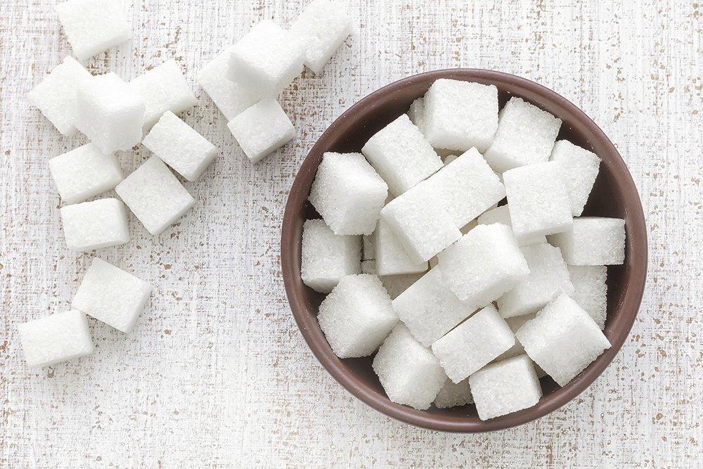 Бесполезный продукт питания: почему нужно ограничить употребление сахара?