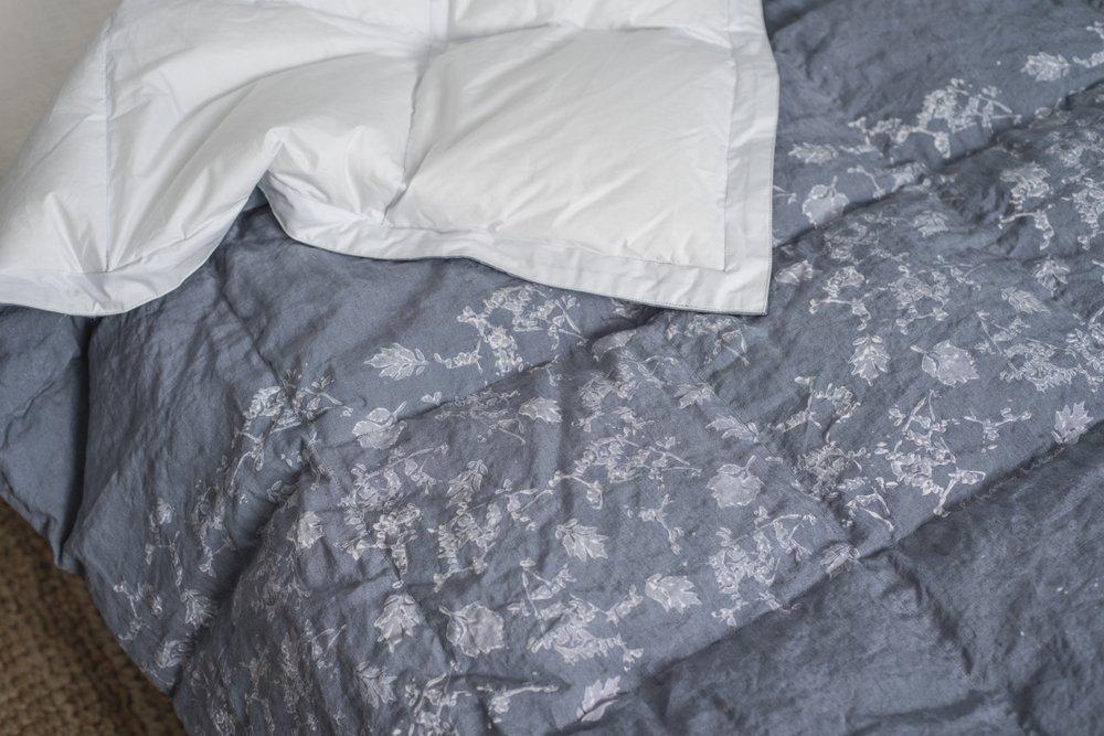 Какими бывают сенсорные одеяла?