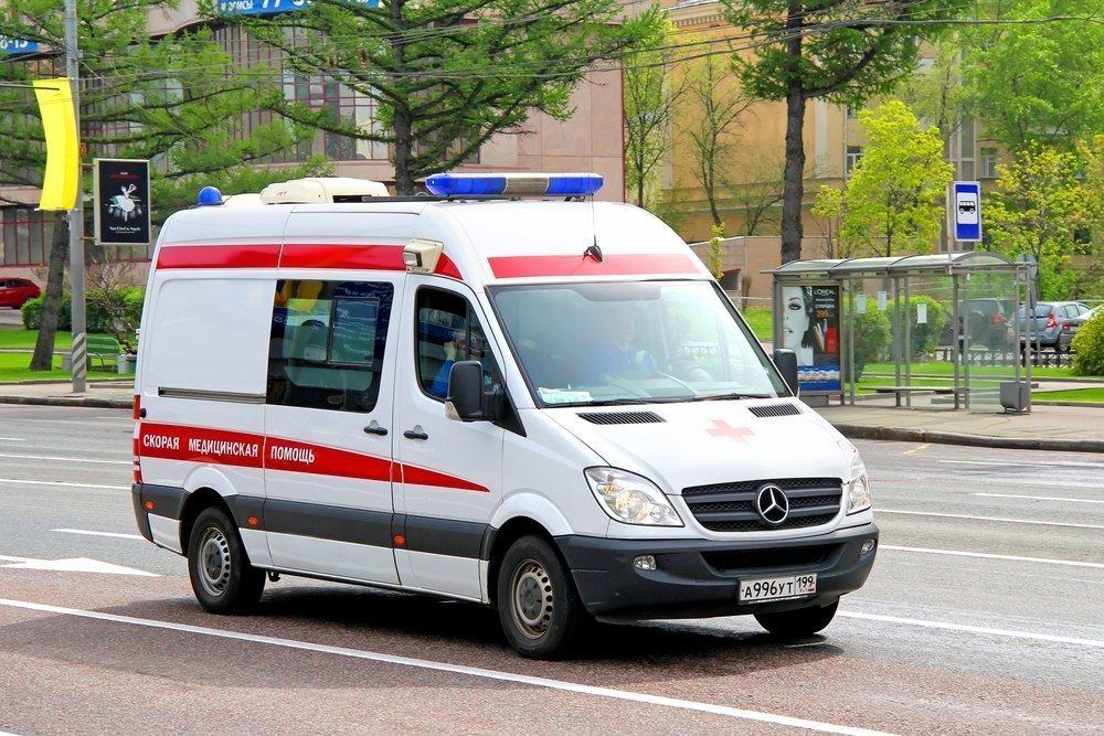 Первая помощь при открытой черепно-мозговой травме Источник: Art Konovalov / Shutterstock.com