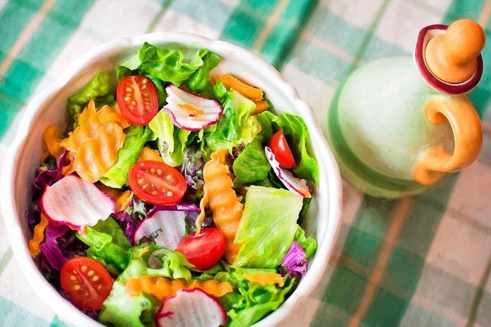 Вегетарианский салат с капустой кале от MedAboutMe