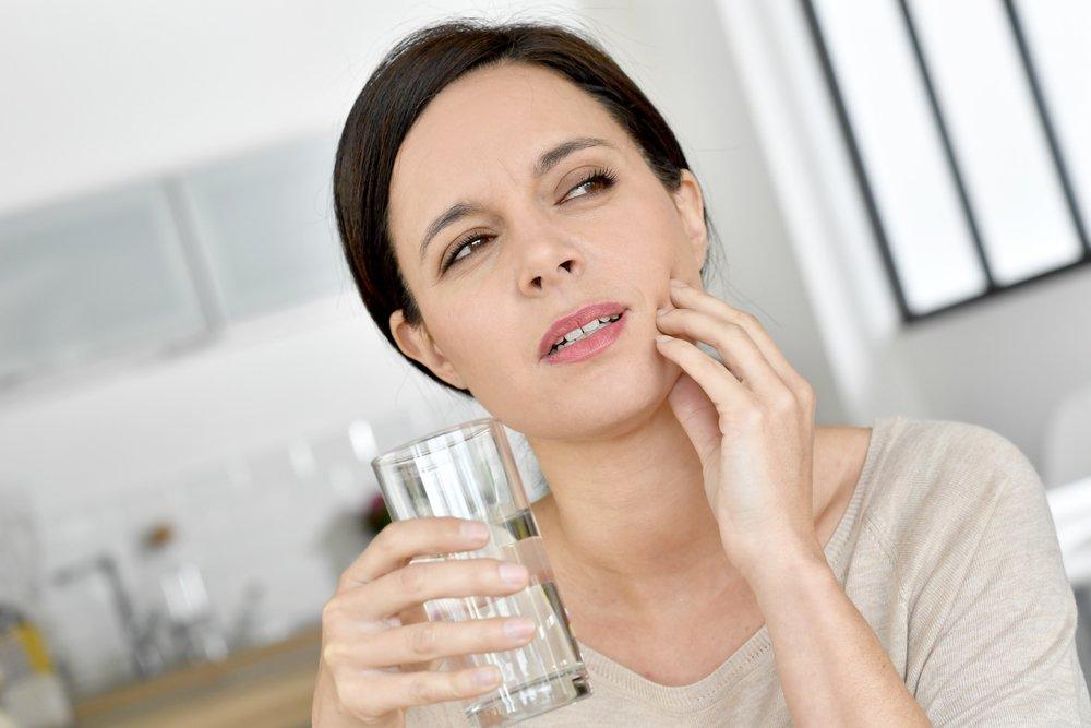 Чем опасна зубная боль для здоровья будущей матери