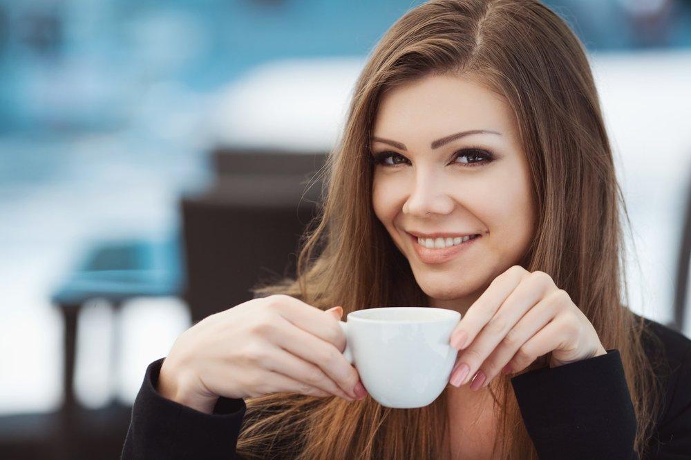 Картинки девушка с чашкой кофе, портфолио учителя открытки