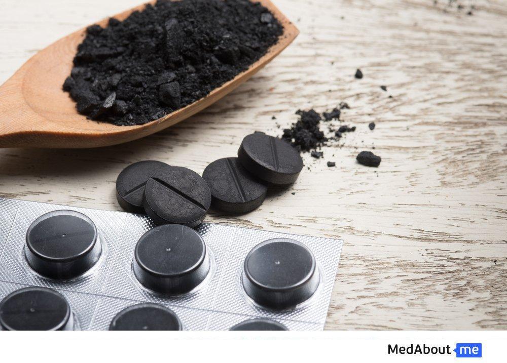 Активированный уголь при метеоризме: как принимать?