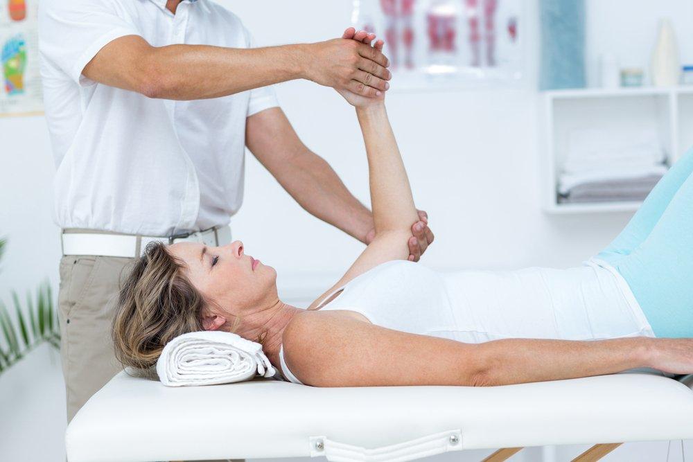 Начальные упражнения для восстановления работы кистей рук