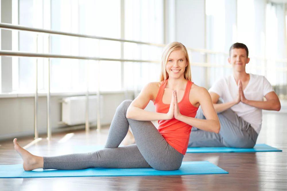 Практика йоги при беременности и менструации
