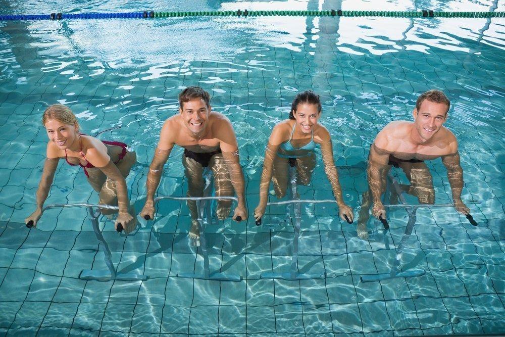 Преимущества упражнений в воде