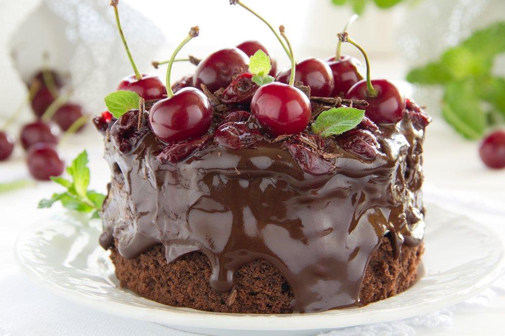 Бисквитный торт с фруктами: рецепт вкусного десерта