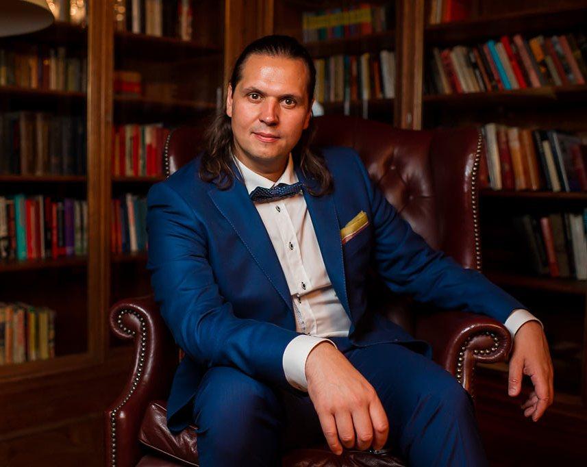 Александр Синютин