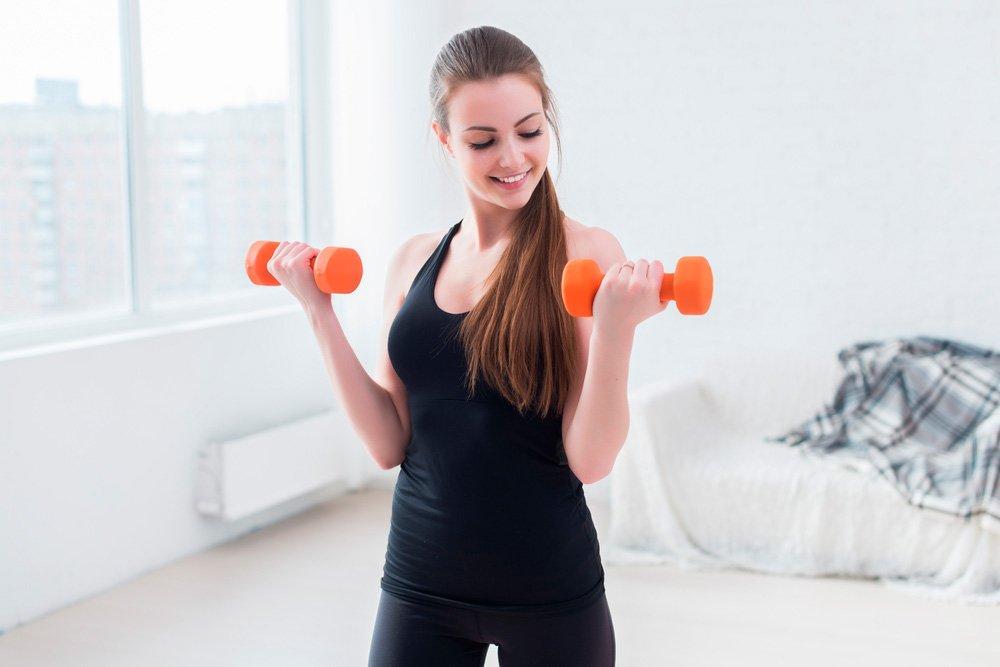 Фитнес-упражнения на турнике для новичков