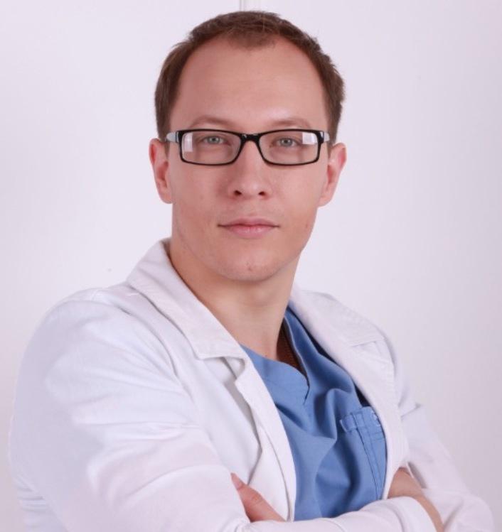 Корнеев Павел Владимирович, пластической хирург