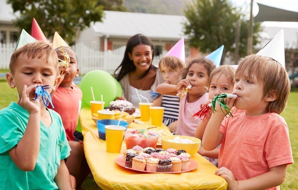 Меню питания: угощение для детей и взрослых