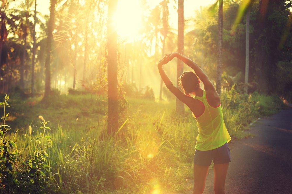 Важность проведения разминочных занятий перед беговой фитнес-тренировкой