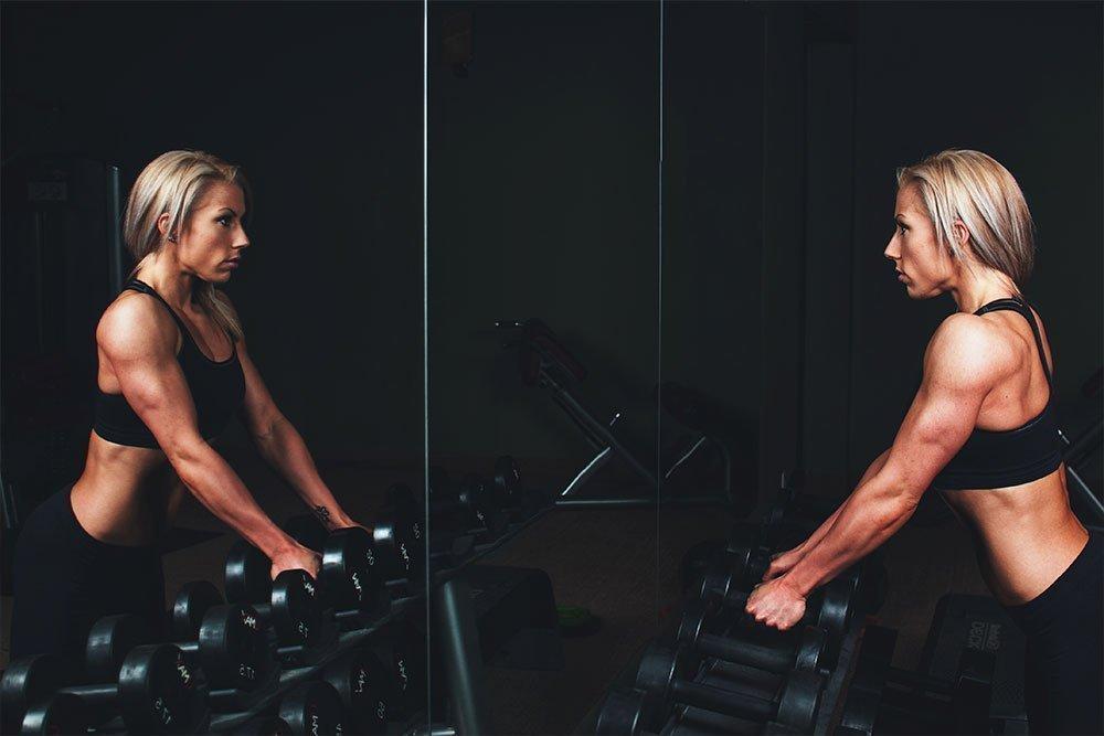 Упражнения для занятий фитнесом в спортивном клубе