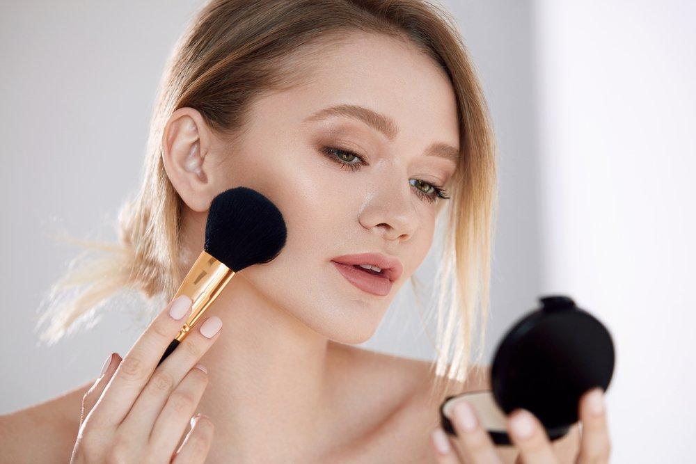 Декоративная косметика: секреты красоты