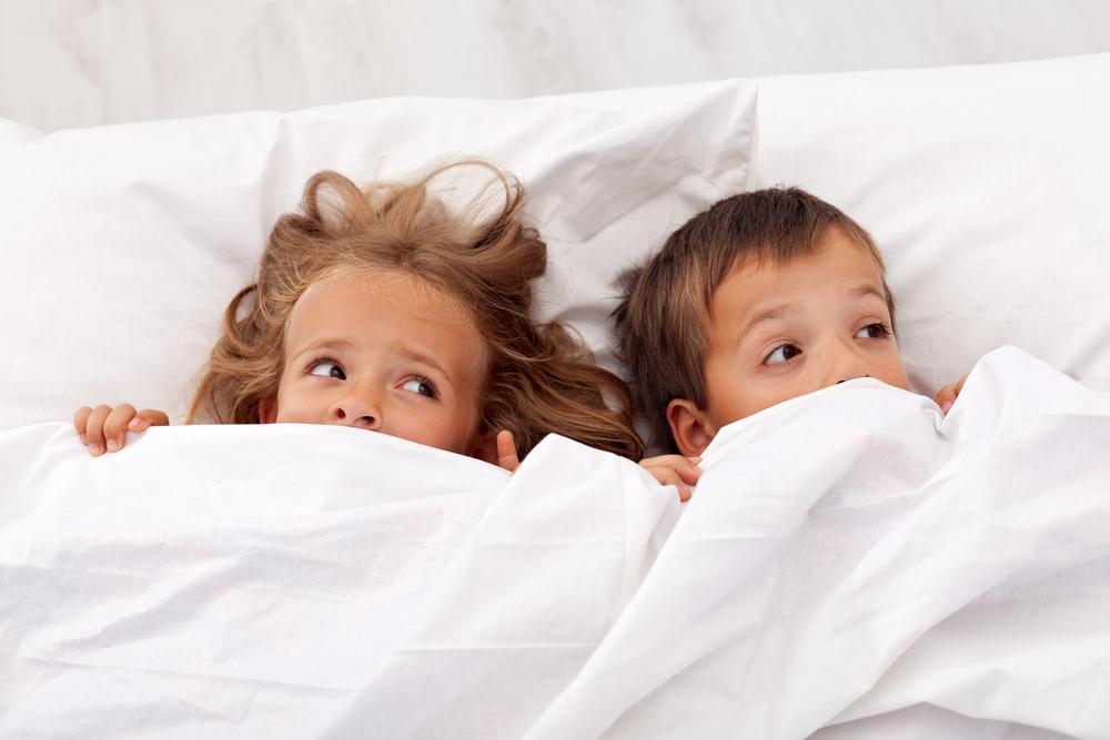 Страхи и фобии детей — откуда растут ноги