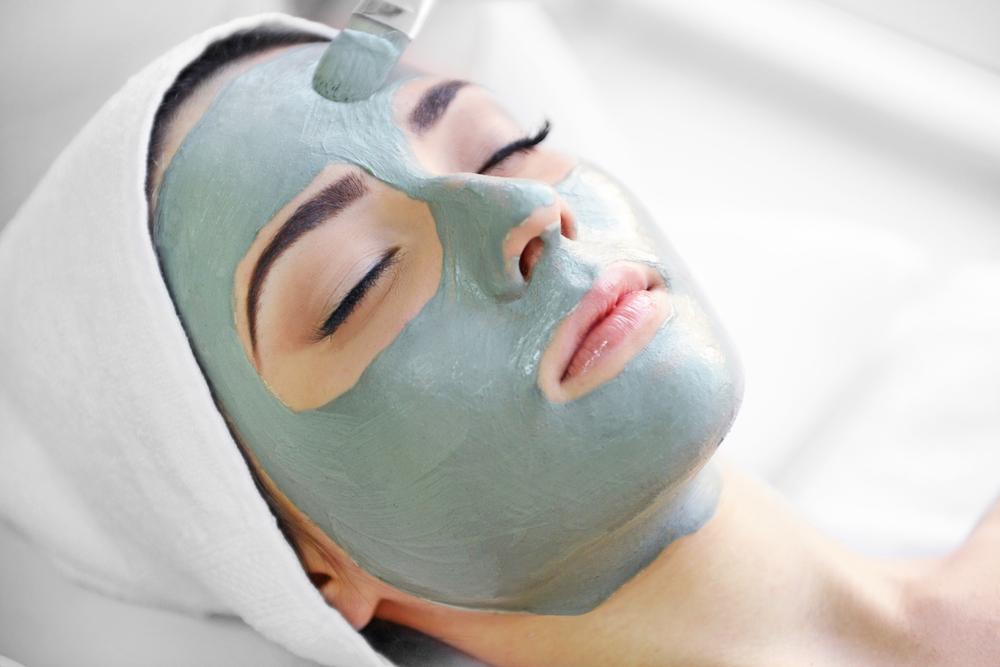 Жирная кожа: рецепты эффективных масок