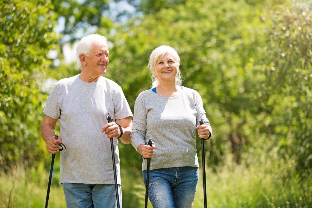 хайнань скандинавская ходьба пожилые картинка процесс занимает