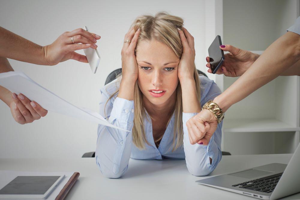 Симптомы ВСД: боль, раздражительность, метеозависимость