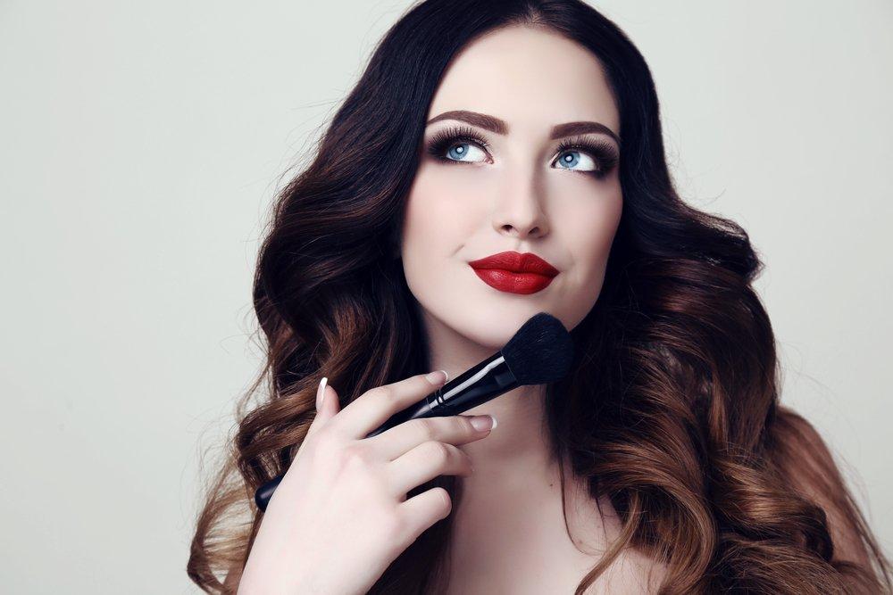 Как выбрать курсы макияжа? Практичные рекомендации
