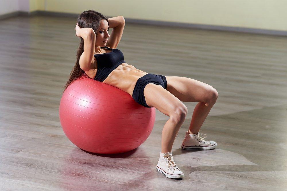 Упражнения после родов для плоского живота