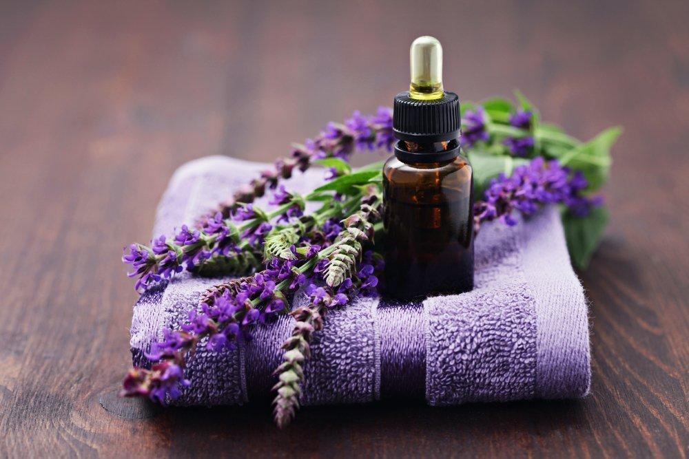 Добавление в ванны экстрактов трав для красоты кожи и профилактики заболеваний