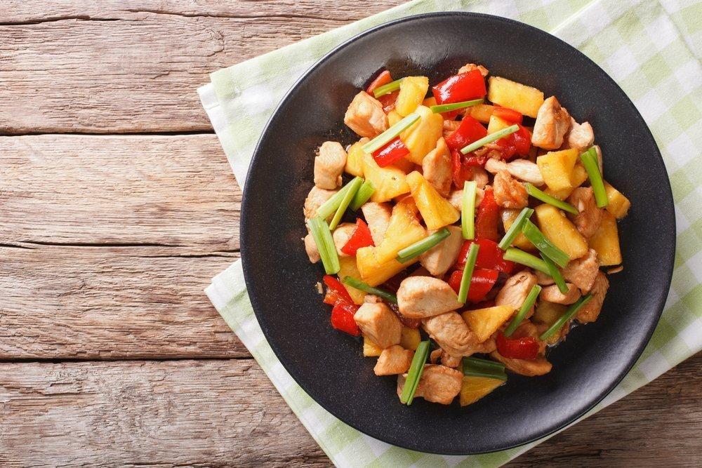 Рецепты блюд с ананасом для здоровья и фигуры