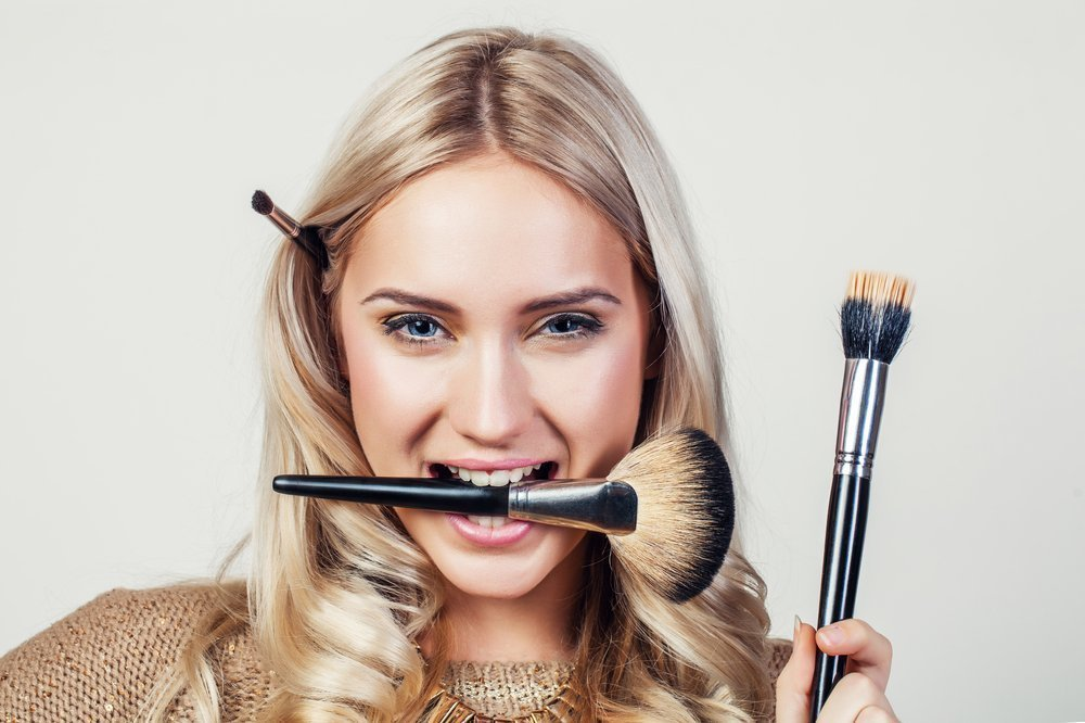 Как подчеркнуть красоту лица с помощью косметики?