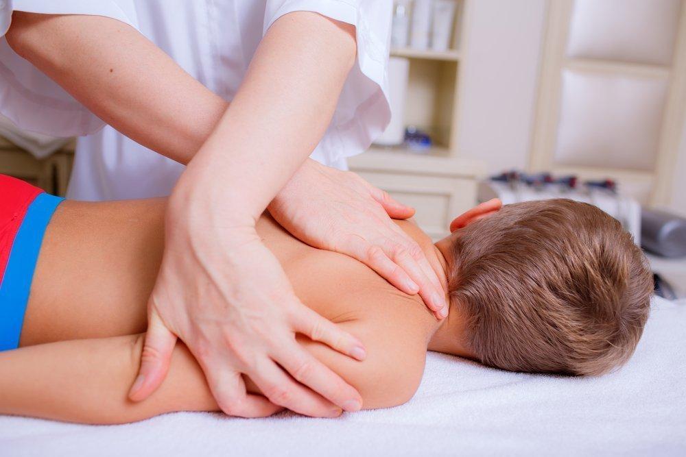 Консервативное лечение у детей: массаж, ЛФК