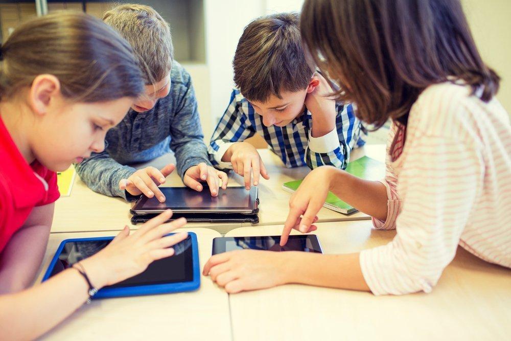Почему ребенка привлекают компьютерные игры?