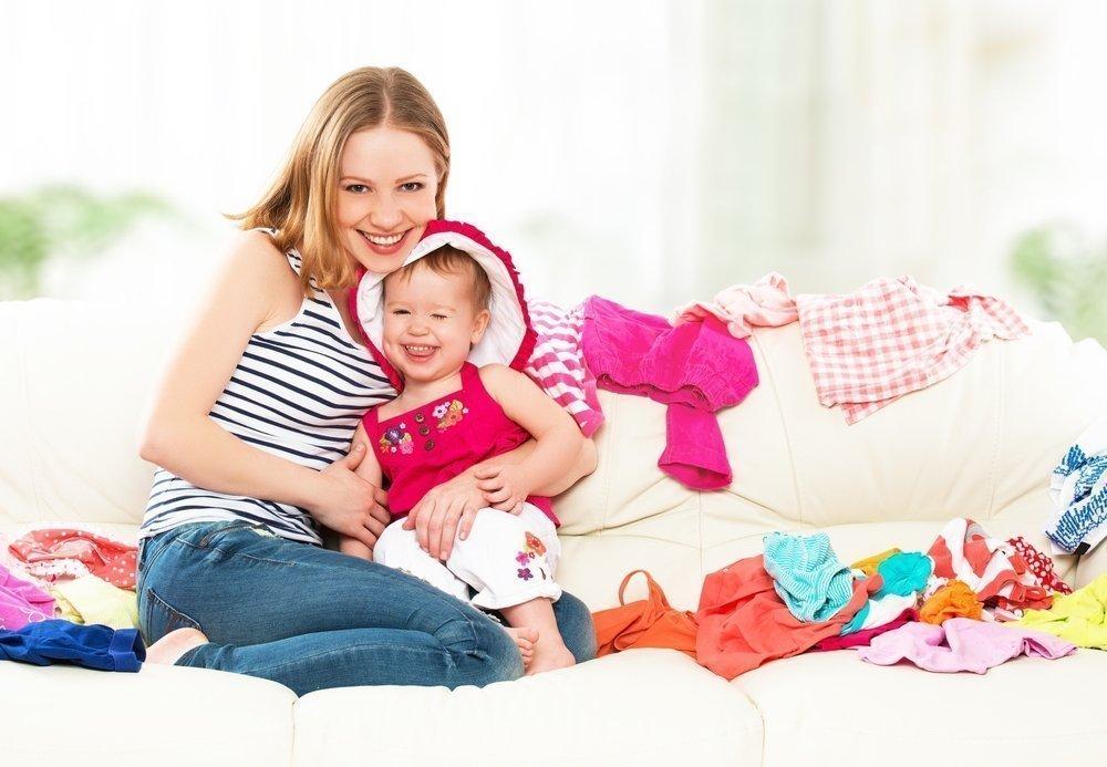 Когда начать учить малыша одеваться самостоятельно?