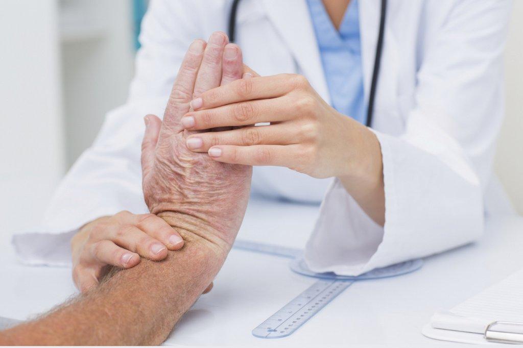 Изменение формы ногтей: нарушения обмена веществ и другие причины