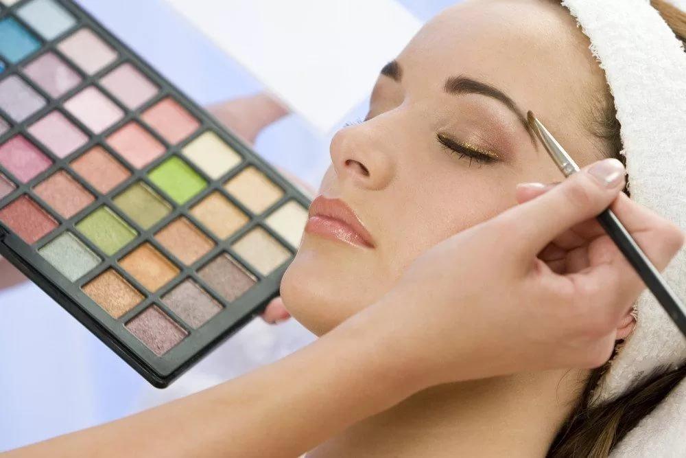 Тени для макияжа бровей