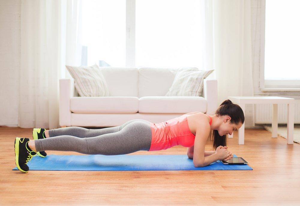 Преимущества и недостатки фитнес-упражнений дома