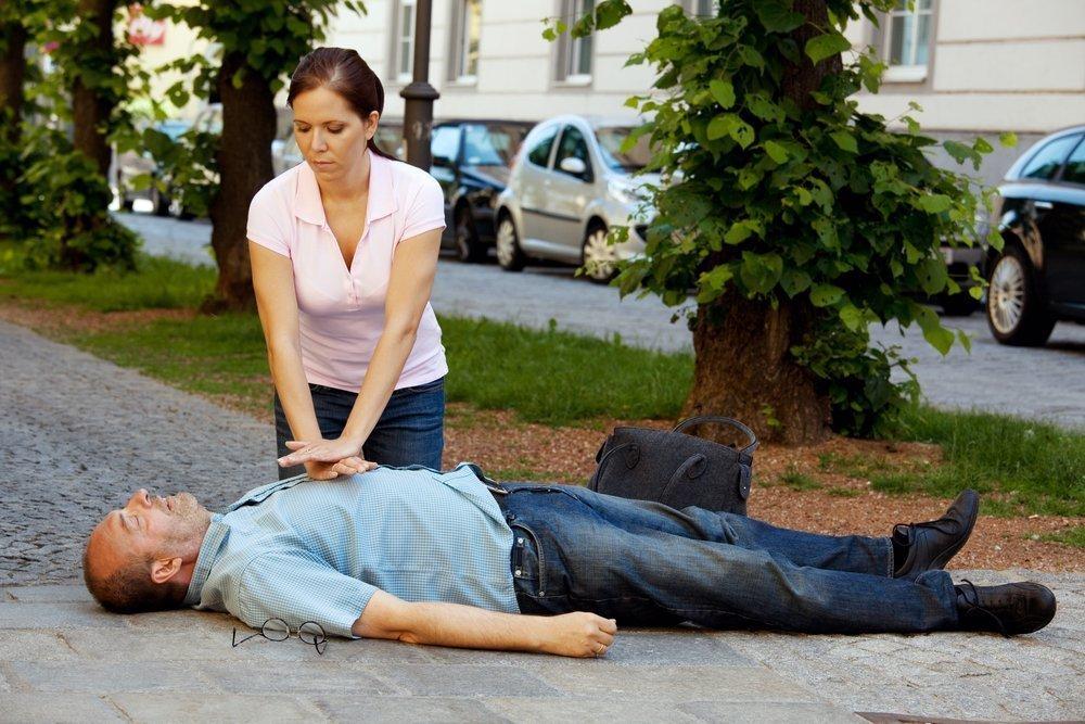 Реанимационные действия: массаж сердца