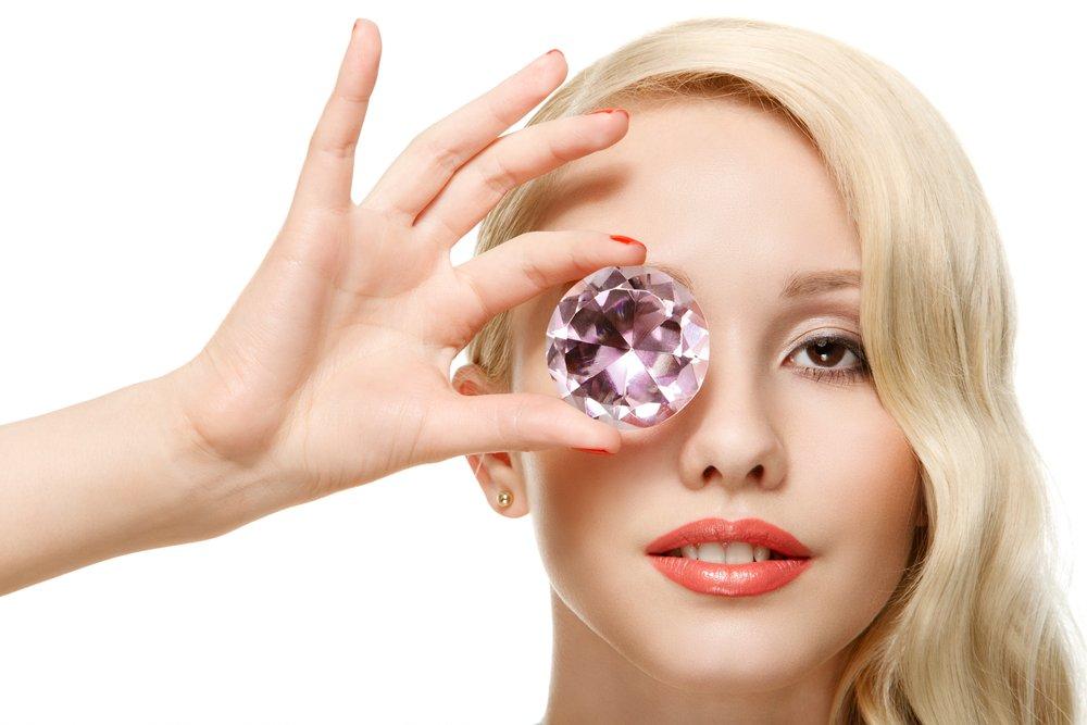 Красиво жить не запретишь: алмазный пилинг