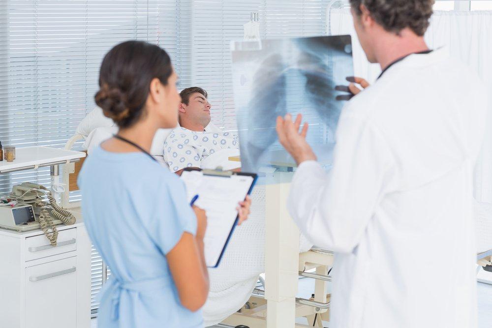 Пневмонию лечат антибиотиками