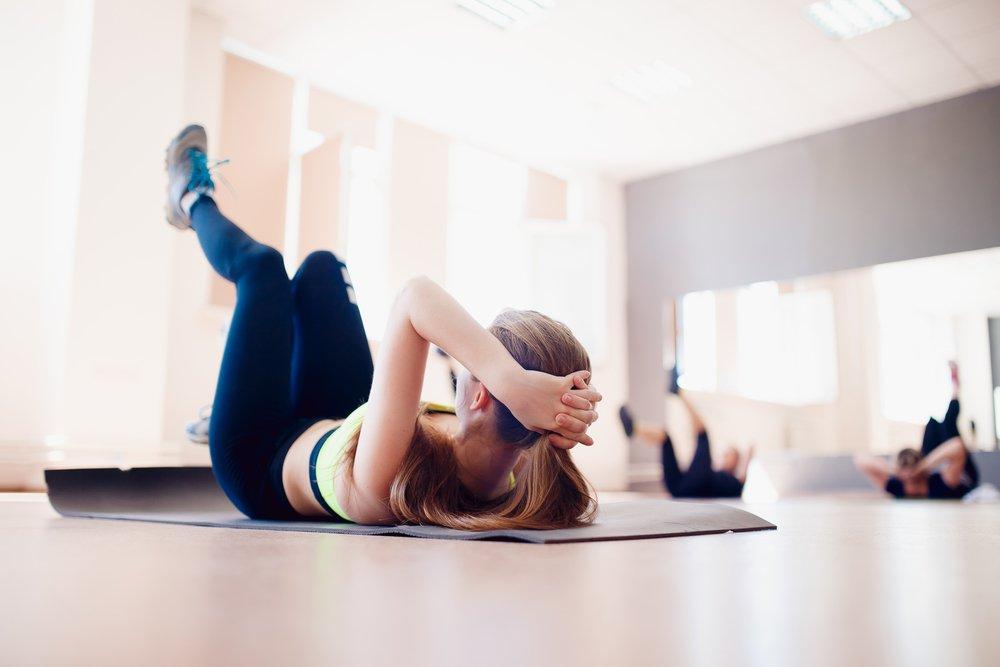 Рекомендации и противопоказания к фитнес-тренировкам для спины