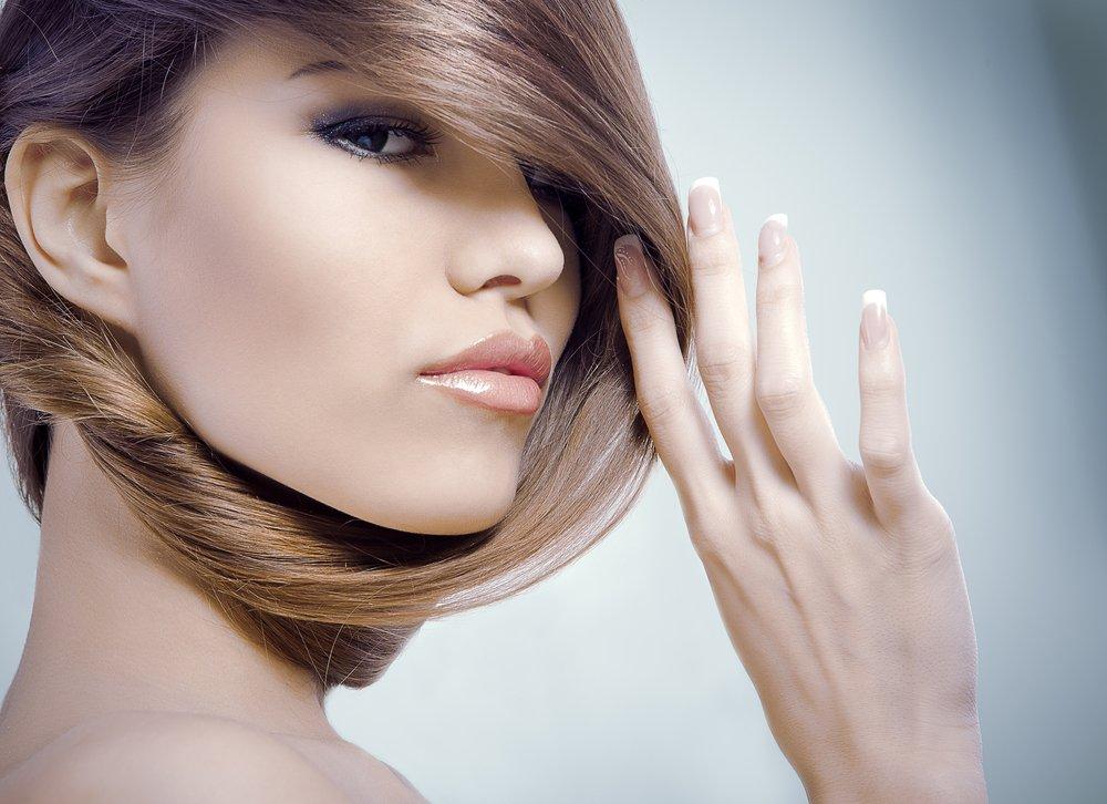 3. Фиксируйте волосы лаком