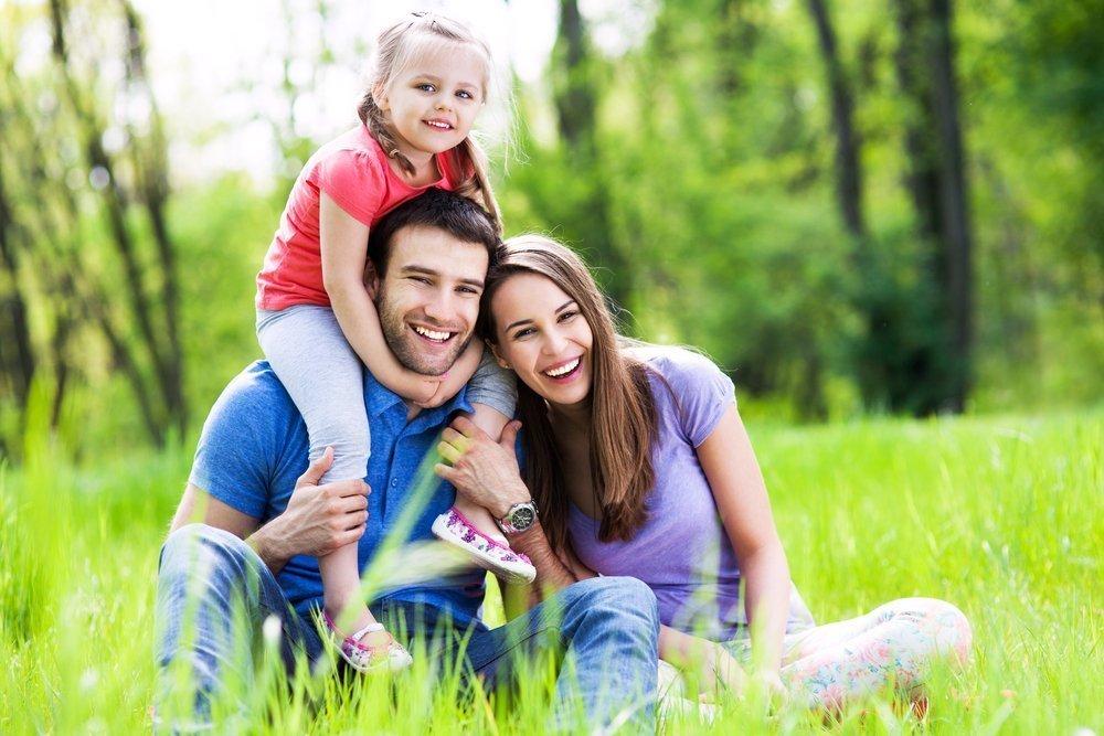 «Гражданские» браки и «неродные» родители: что чувствуют дети?