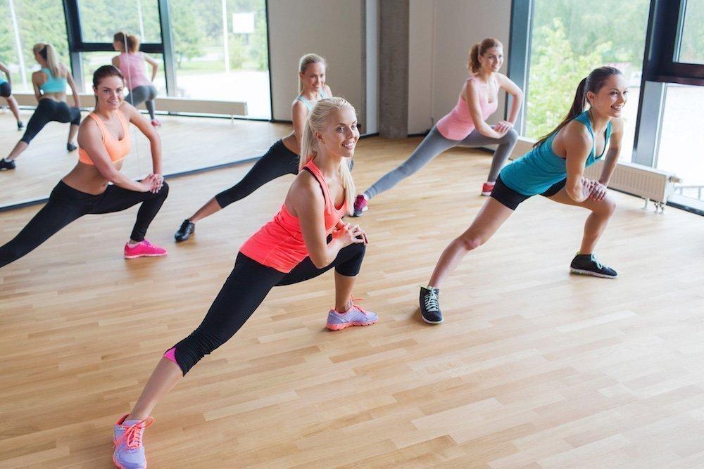 Заминочные фитнес-упражнения аэробной тренировки