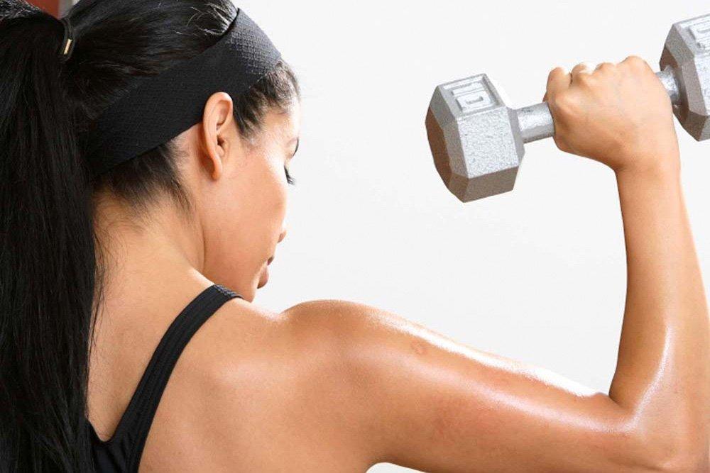 Комплекс упражнений для мышц груди