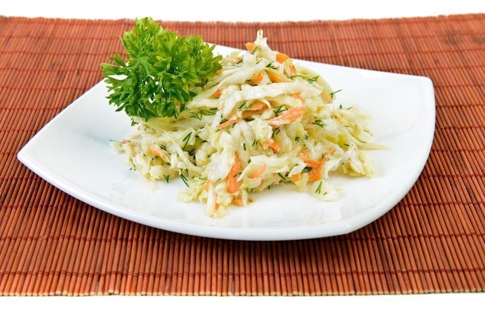 Салат из капусты лука и моркови калорийность