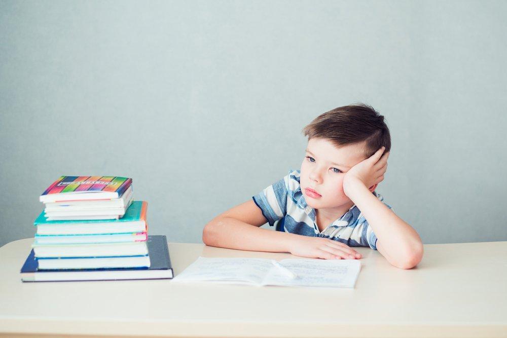 Какие признаки могут указывать на то, что ребенка обижает учитель?