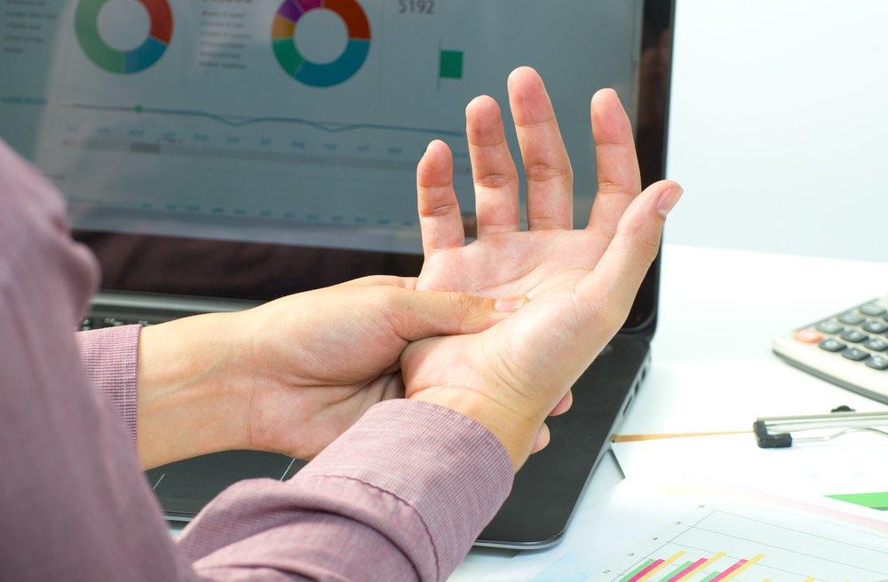 Онемение пальцев, не связанное с болезнями